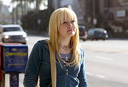 Hilary Duff (as Terri Fletcher) heads to Los Angeles to pursue her dreams.