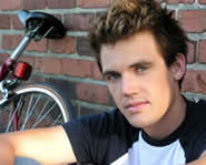 Tyler Hilton joins the cast of One Tree Hill for a six episode arc.
