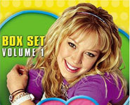 Hilary Duff stars in the Disney show, The Lizzie McGuire Show.