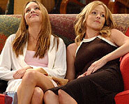 Amanda Bynes and Jennie Garth star in the WB sitcom, What I Like About You!