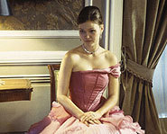 Julia Stiles stars as Paige Morgan in The Prince and Me.