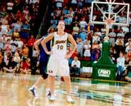 Picture of Sue Bird playing a WNBA game for the Seattle Storm.
