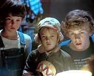 ET - alien movie - sci-fi - Steven Spielberg - Henry Thomas.