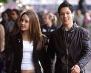Amanda Bynes and Oliver James star in What a Girl Wants