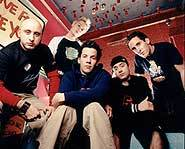 Simple Plan: Pierre Bouvier, Chuck Comeau, Jeff Stinco, David Desrosiers, Sebastian Lefebvre.