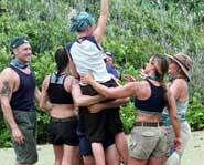 Rotui beats Maraamu. Survivor Marquesas.