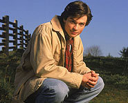 Tom Welling stars in Smallville.