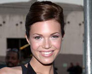 Mandy Moore is a real beauty.
