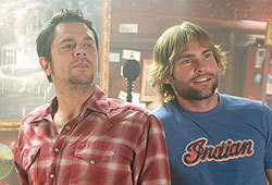 Jessica Simpson, Seann William Scott and Johnny Knoxville star in The Dukes of Hazzard.