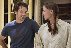 Jennifer Garner plays Gray Wheeler in Catch and Release.