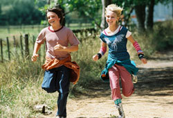 AnnaSophia Robb and Josh Hutcherson star in the Disney movie, Bridge to Terabithia.