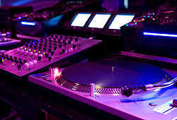 Learn how to rock the turntables!