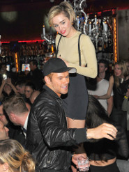 Miley and Kellan partying on Friday night!