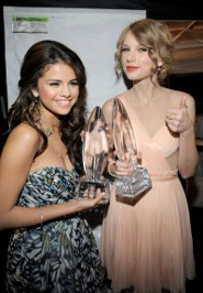 Selena Spills on BF Bieber and Taylor Swift Duet