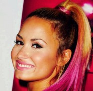 Think Pink!: Demi Lovato's New Locks