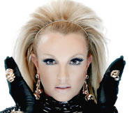 will.i.am ft Britney Spears Scream & Shout Video!