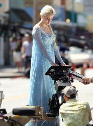 Sneak Peek: Queen Elsa on OUAT