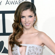 Anna Kendrick: Home for the Holidays!